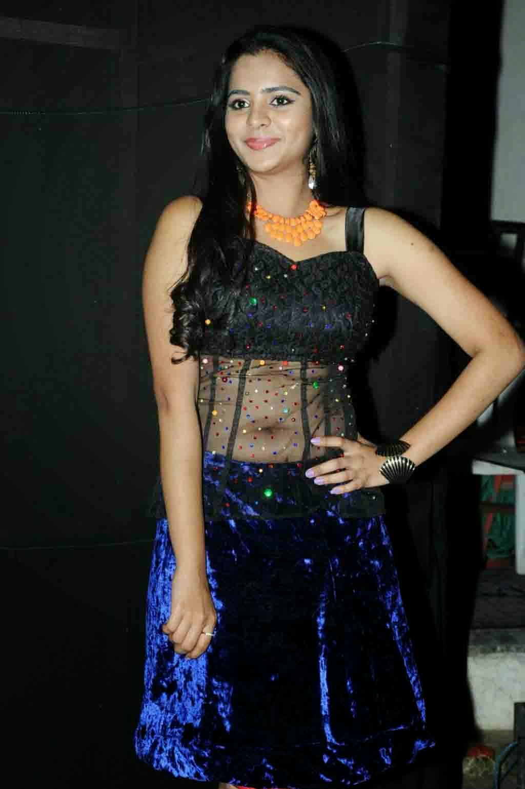 Manasa Hot Navel Photos at FNCC New Year Celebrations 2014