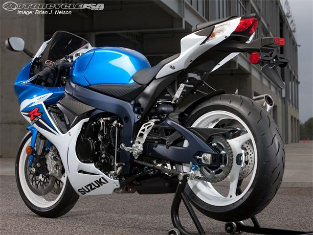 2013 2012 CAR AND MOTO REVIEWS  2011 New Suzuki GSX R600 First