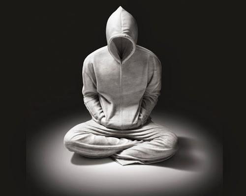 01-Hoodie-1-Australian-Sculptor-Alex-Seton-www-designstack-co