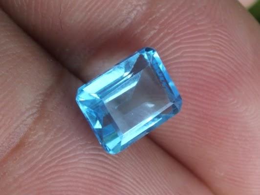 lustrous blue topaz