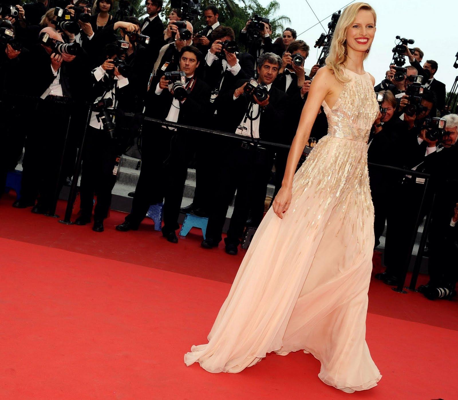 Karolina Kurkova attends the Les Bien-Aimes premiere at