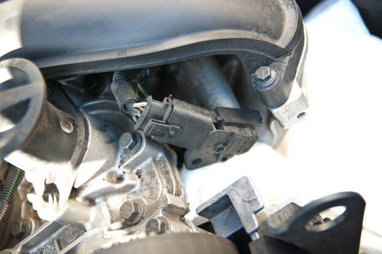 The Zen of Volvo S40 2005 Maintenance Fuel Pressure Sensor
