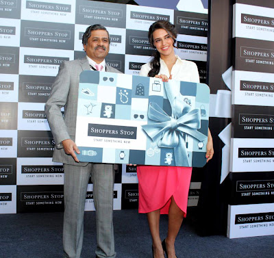 neha dhupia at shoppers stop gift card launch hot images