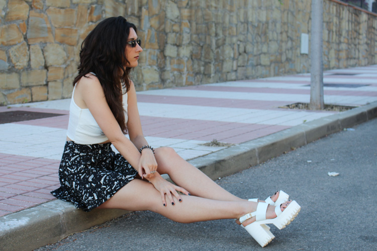 OOTD: crop top and white platforms