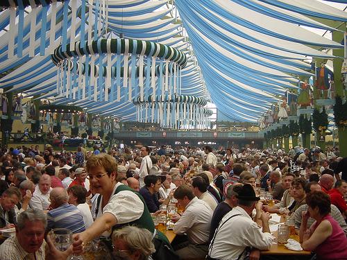 Oktoberfest  sc 1 th 194 & Oktoberfest Girl