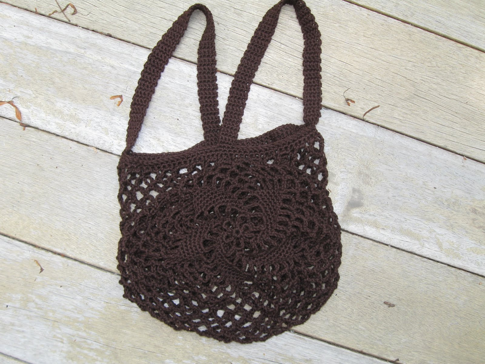 You *can* knit with a lightsaber!: Spiral Motif String Bag
