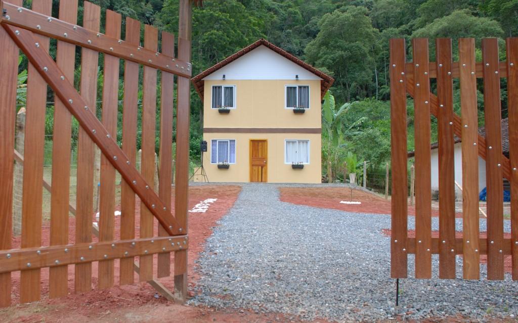 Casa nova para família de Sevênia de Souza