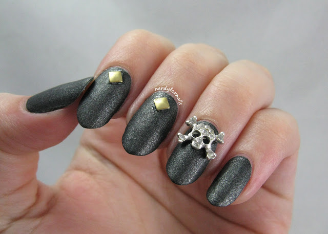 Orly Rebel Chic Kit w/ Skull Gems and Studs- Halloween Nails