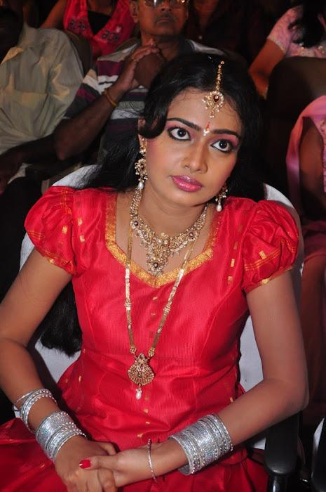 divya vishwanath @ puli vesham audio launch hot images