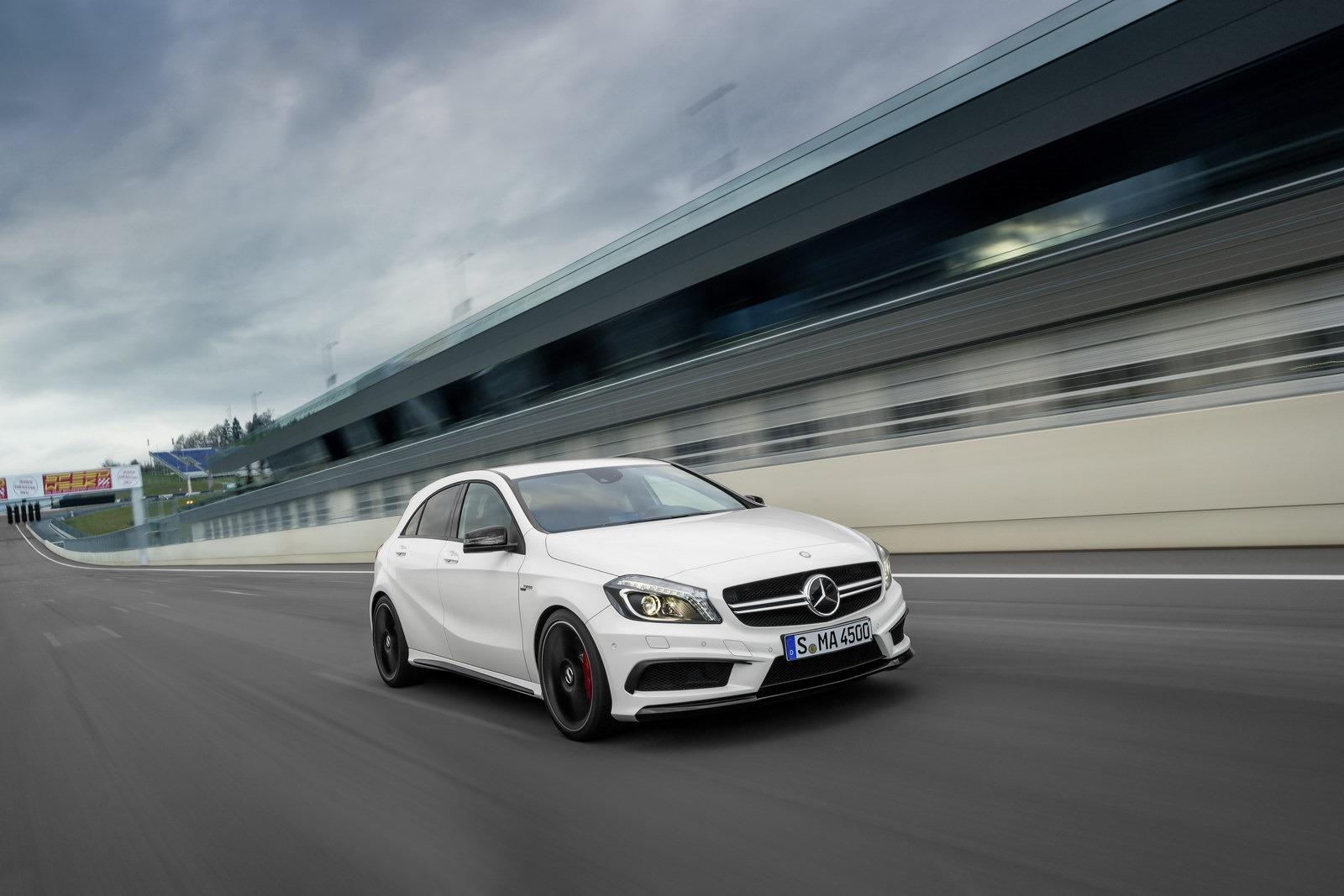 http://3.bp.blogspot.com/-BbDs5FbMkhA/UTfEv55ci1I/AAAAAAAASWU/GYb6ul94zZk/s1600/Mercedes-Benz-A-45-AMG-20%5B2%5D.jpg