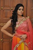 sri mukhi glam pix in half saree-thumbnail-16