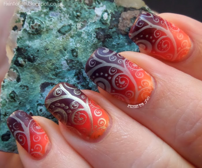 swirly matte gradient nail art