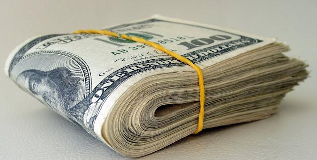 أول دولة في العالم ستعطي أي مواطن من مواطنيها  2400 دولار شهريا بدون عمل !!!  تعرف على هذه الدولة