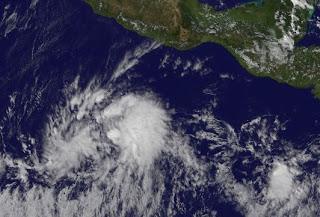 Tropisches Tief 13-E im Pazifik wird wahrscheinlich zum Tropensturm und Hurrikan KENNETH, Satellitenbild Satellitenbilder, Kenneth, Pazifik, Nordost-Pazifik, aktuell, November, 2011, Hurrikansaison 2011,