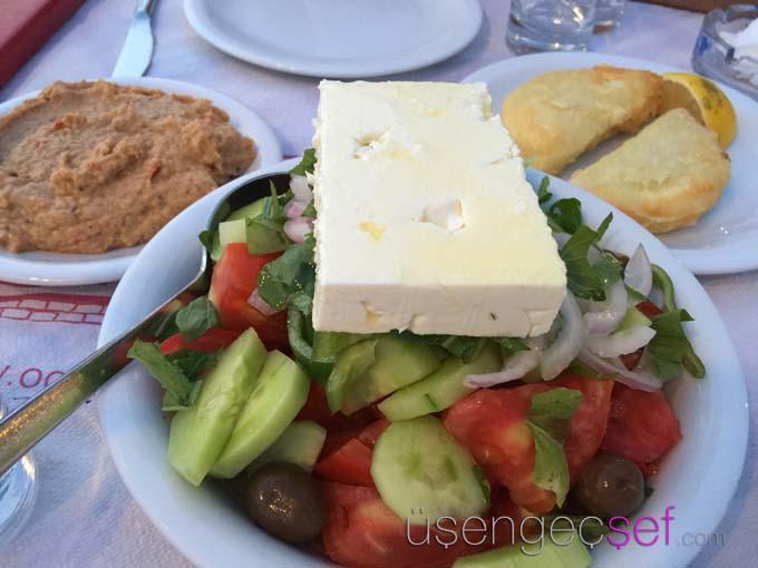 octapus-restaurant-molyvos-midilli-yunan-salatasi