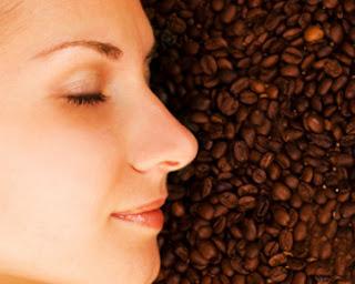 7 Manfaat Luar Biasa Kopi untuk Kulit Wajah