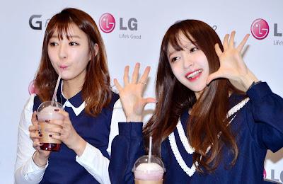 LG EXID Fansign Hyerin Hani