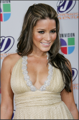 15 Artis Bugil Wanita Meksiko Paling Cantik Kelihatan ...