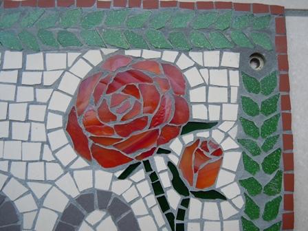maria mozaiek beeld blauw
