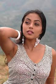 Shamna-Kasim-Poorna-hot-Actress-1
