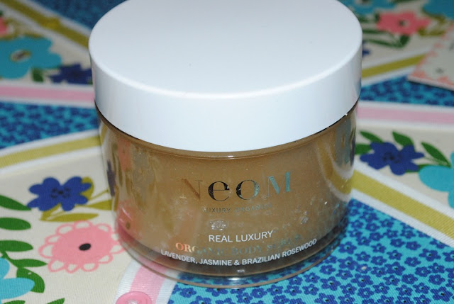 neom+organic+body+scrub+review
