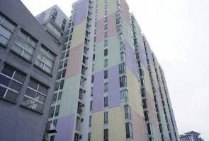Nigerian Cheats Death after Falling from 12th Floor of Apartment in Singapore