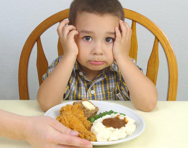 Cómo hacer comer a un niño - Cómo motivar a los niños a que coman y hagan sus deberes       http://comohagocomeramishijos.blogspot.com