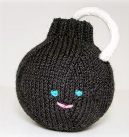 http://translate.google.es/translate?hl=es&sl=en&tl=es&u=http%3A%2F%2Fshoshanaknits.blogspot.com.es%2F2012%2F06%2Fhappy-bomb-knitting-pattern.html