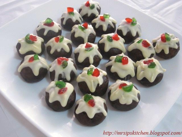 White Chocolate Plum Cake