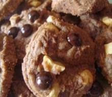 Resep Cara Membuat Valentine Cookies Coklat Kacang