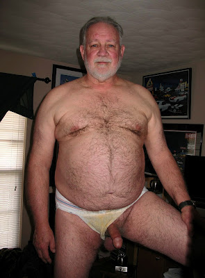 burlyfurrymen1000_4 Hairy Chubby Daddy Men