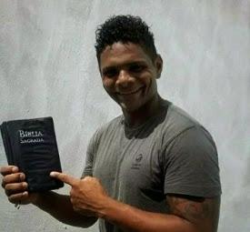 Moreno se prepara para gravar seu primeiro CD gospel.