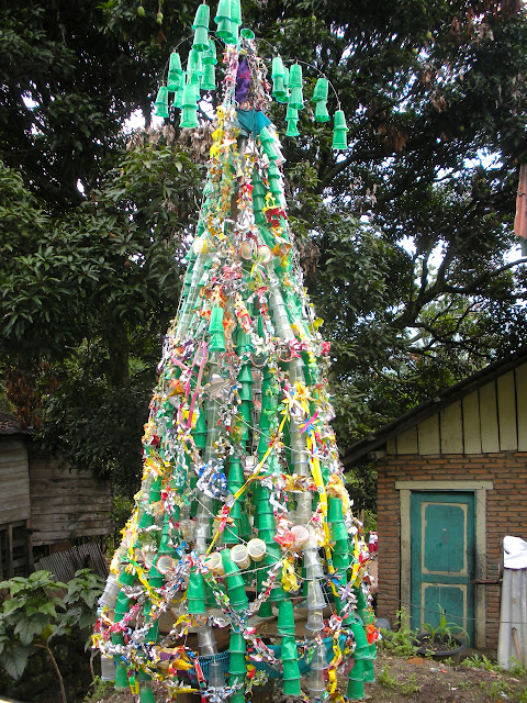 indonesian christmas tree
