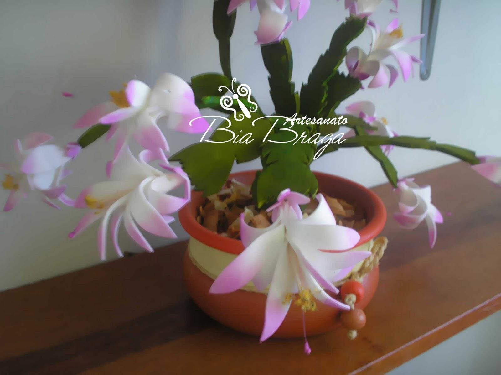 Aparador Movel Branco ~ Bia Braga Flor de Maio (Flor de Seda) em E V A
