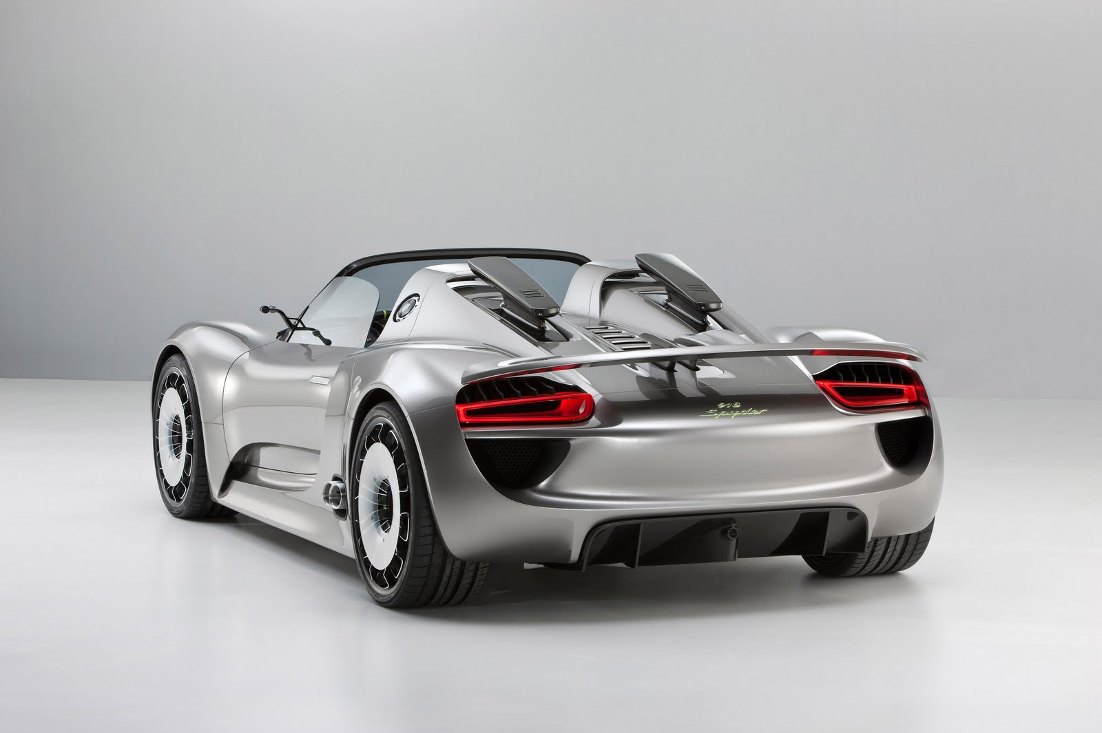 the world of otomotif sporty porsche 918 spyder is ultra fast and efficient concept car. Black Bedroom Furniture Sets. Home Design Ideas