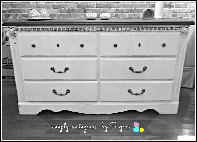 dresser, painted, Annie Sloan, Pure White, Graphite