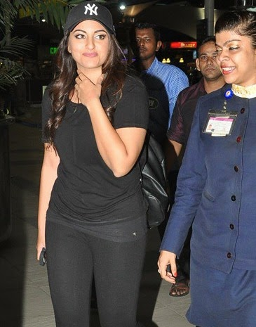 Actress Sonakshi Sinha snapped at the domestic airport