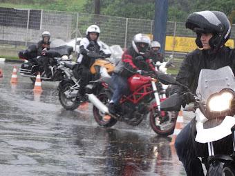Chuva? Alunos Superando Limites. Curso 17 de Março de 2013