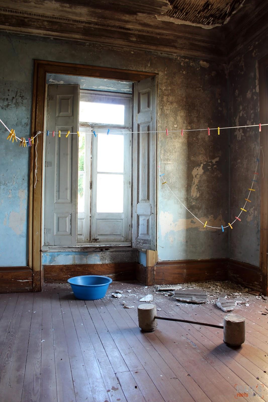 El silencio del abandono la casa de los azulejos for La casa del azulejo