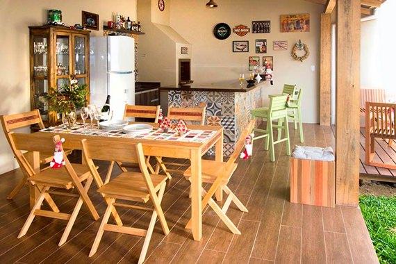 30 imagens para inspirar na hora de decorar a churrasqueira! -> Decoração De Area Externa Pequena