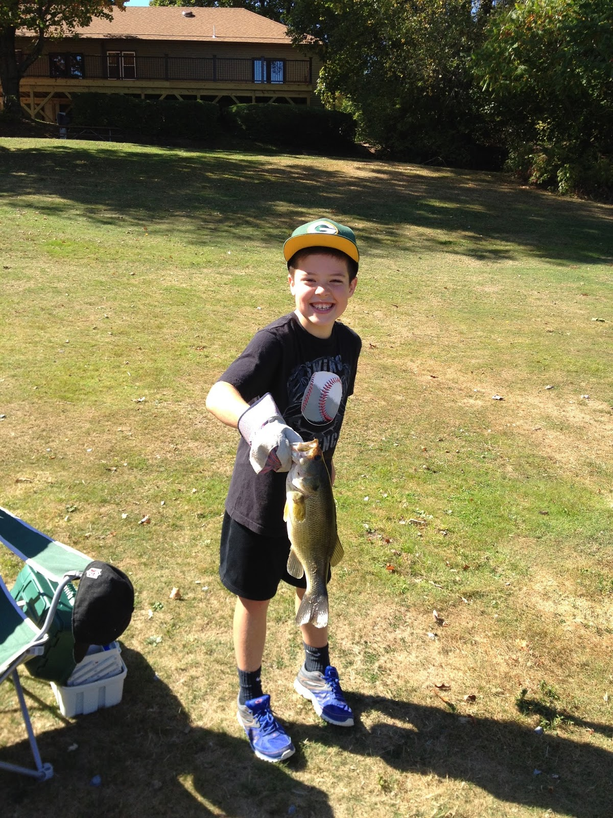 Big bass chasing tails bait tackle for Chasing tails fishing report