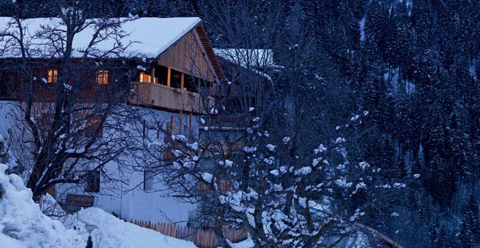 una casa rustica moderna - vista del entorno