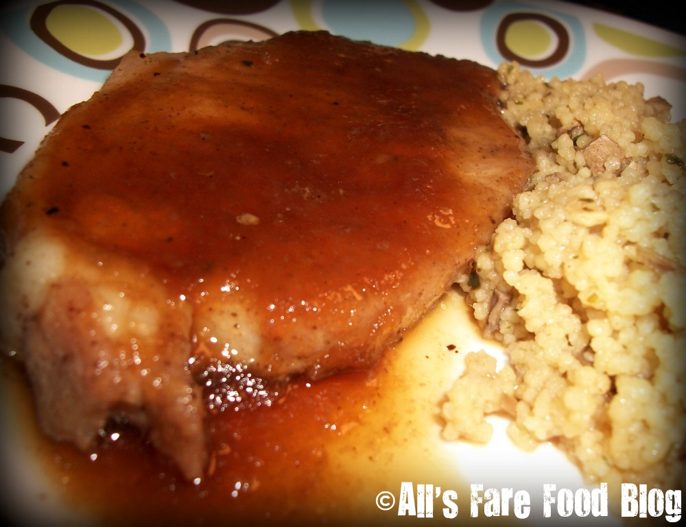Smokin' Oven: Applesauce Pork Chops