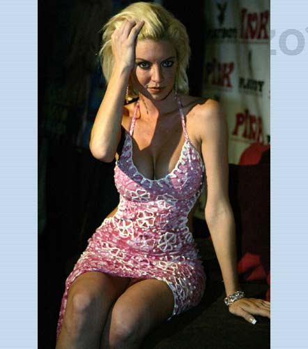 Isabel Madow es una actriz y modelo Mexicana OKEYD.COM
