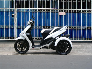 Modifikasi Motor Roda Tiga title=