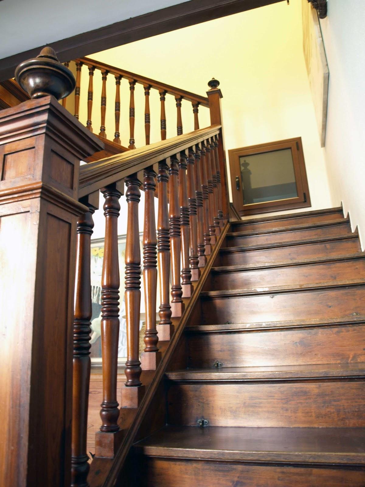Espai decuina ripollet barcelona rehabilitaci n y conservaci n de vivienda unifamiliar en el - Escaleras para viviendas ...