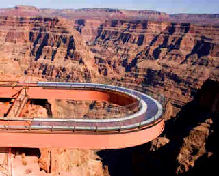 Grand Canyon Bus Tours Provide Up Close Views of the West and South Rims