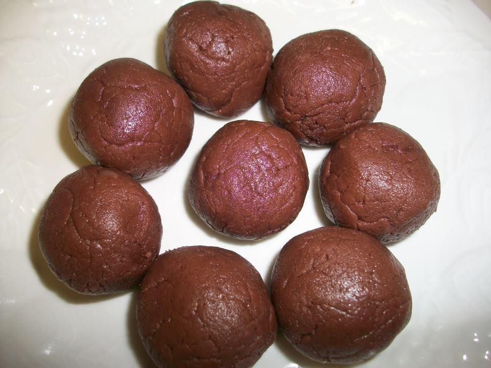 Peanut Butter Fudge Balls | Sandy's Kitchen
