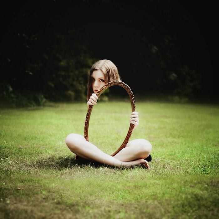 ©Laura Williams. Invisible - Escalar el Arco Iris. Fotografía | Photography