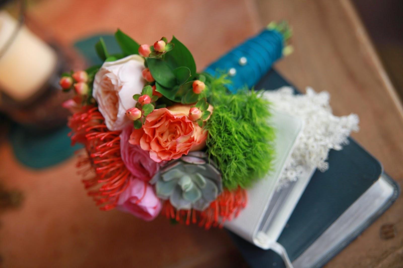 wedding flower arrangements, bridal bouquets, flowers for wedding